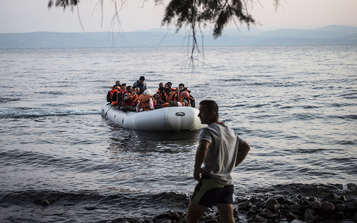 Bridging the Hellespont | Aeon