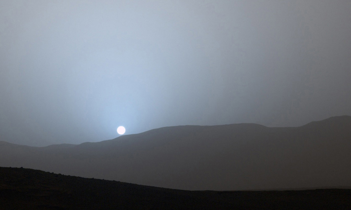 <p>The first colour sunset captured on camera by NASA's Mars Curiosity Rover, April 2015. <em>Courtesy NASA/JPL-Caltech/MSSS/Texas A&M International University</em></p>