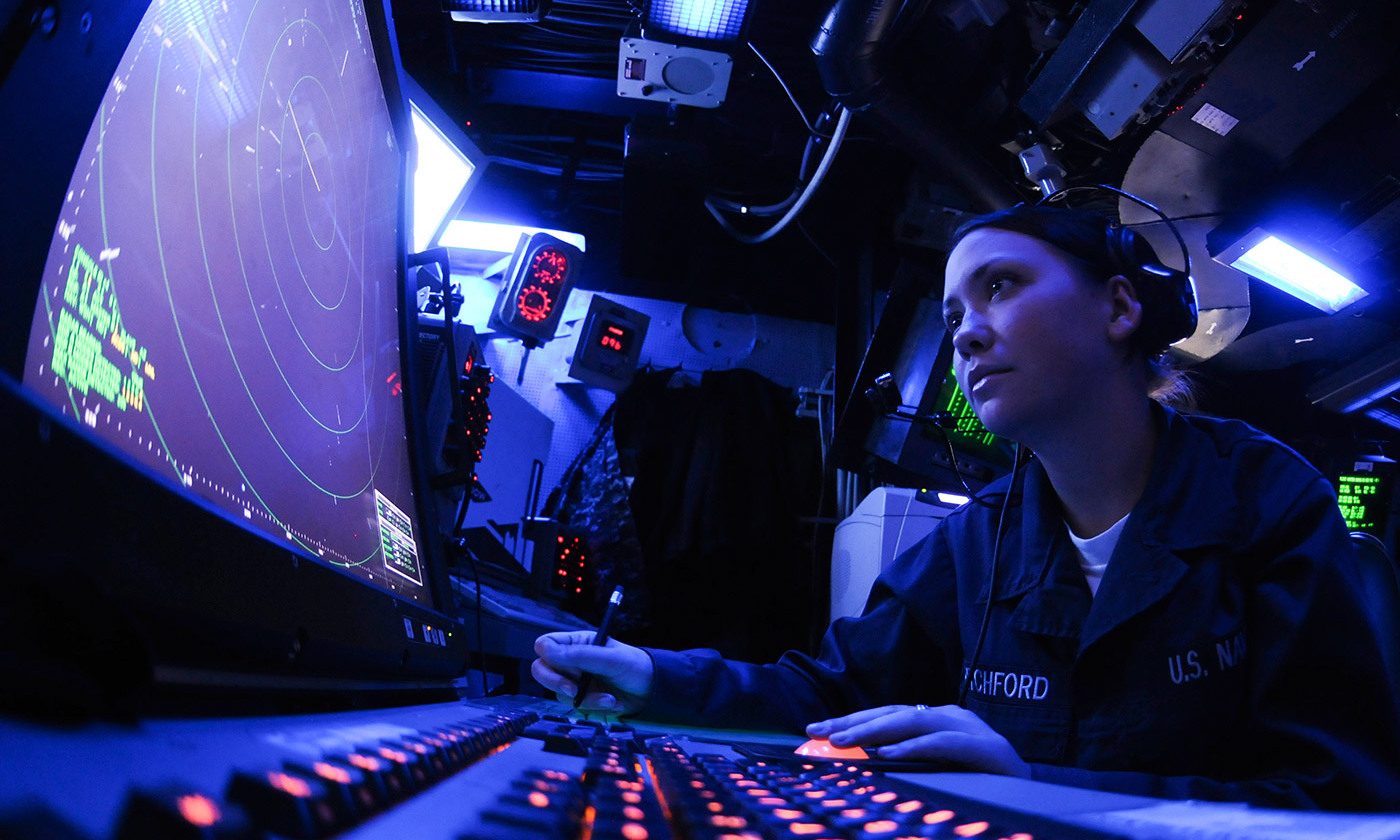 Specialised skills; air traffic control. <em>Photo courtesy US Navy/Flickr</em>