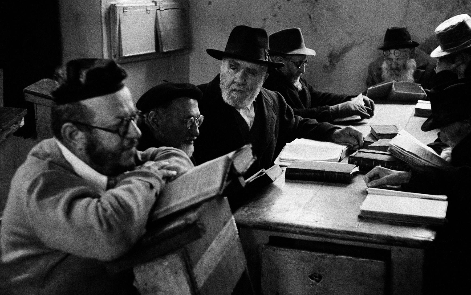 Why the Jewish freethinker Ḥiwi al-Balkhi criticised the Bible – Pieter van der Horst | Aeon Essays