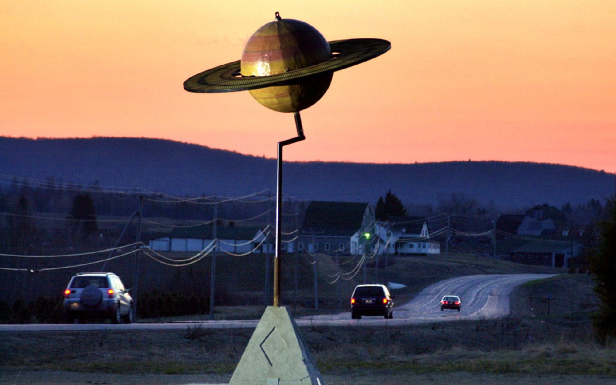 giant solar system model - photo #11