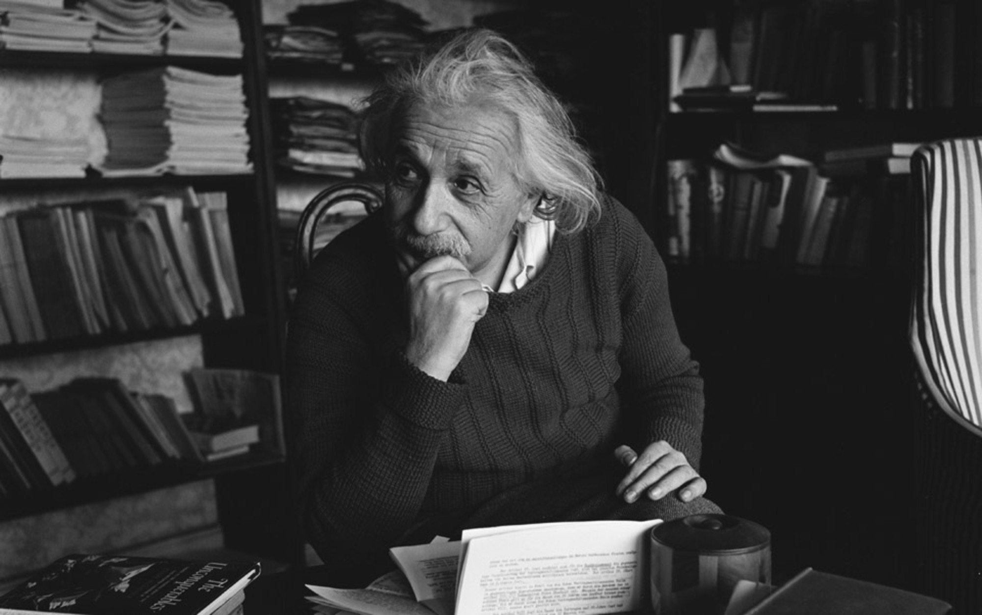 albert einstien essay Suggested essay topics and study questions for 's albert einstein perfect for students who have to write albert einstein essays.