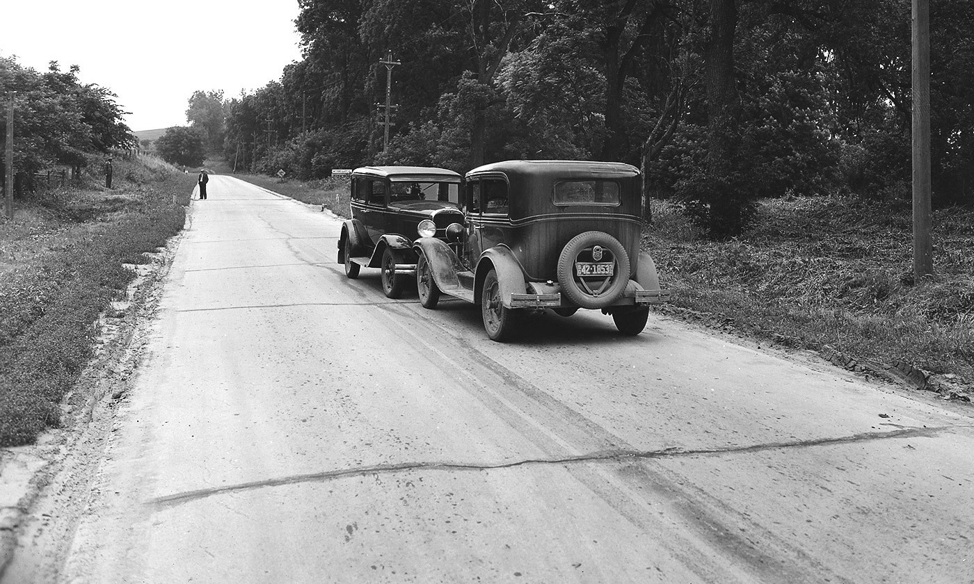 Look out! Head-on car crash in rural South Dakota in 1932. Eighty per cent of drivers rate themselves as above average. <em>Photo courtesy Wikipedia</em>