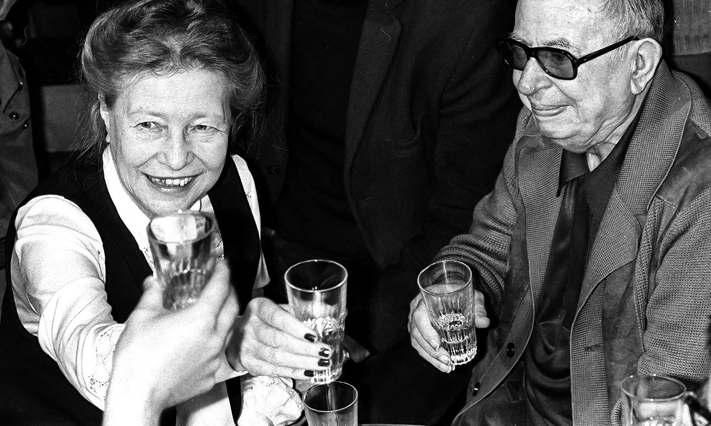 <p>Simone de Beauvoir and Jean-Paul Sartre in Paris, June 1977. <em>Photo by STF/AFP/Getty Images</em></p>